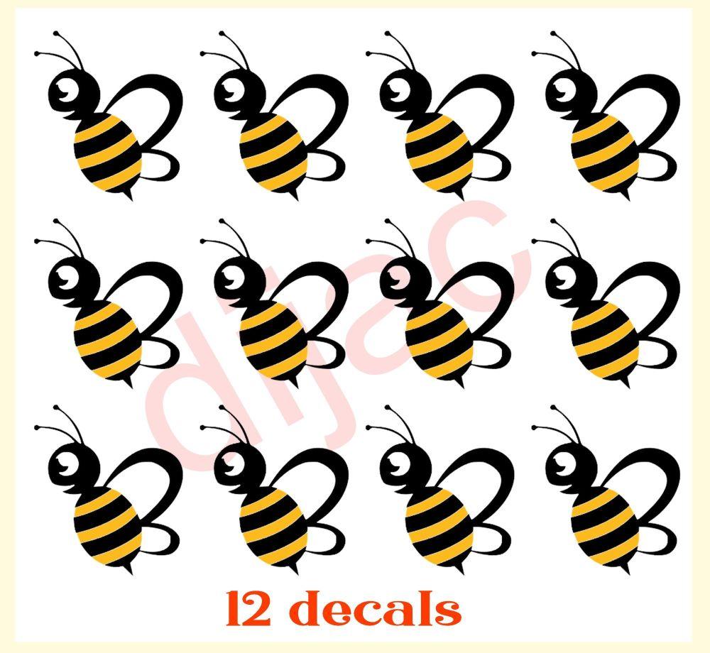 BEES x 124 x 4.5 cm