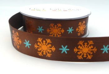 B13937- 6 Bronze Snowflakes on Brown Background 25mm