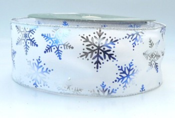 COS15A20 Wired Silver & Blue Snowflakes on White Ribbon 63mm