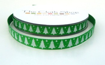 SRC-1403 G White Christmas Trees on green background