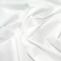 es005-white-plain-polycotton-dress-fabric-white-per-metre
