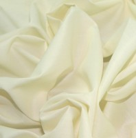 es005-cream-plain-polycotton-dress-fabric-cream-per-metre