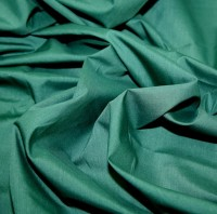 es005-bottle-green-plain-polycotton-dress-fabric-bottle-green-per-metre