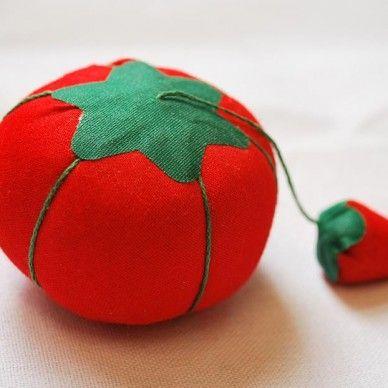 Tomato Pincushion SK51