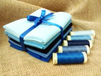 FQB2 Fat Quarter Bundle & Threads - Blues