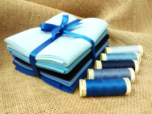 Fat Quarter Bundle Blues FQB2