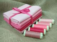 FQB5 Fat Quarter Bundle & Threads - Pinks