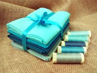 FQB10 Fat Quarter Bundle & Threads - Turquoise