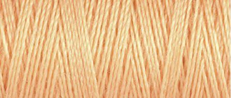 979 Salmon Pink Guterman Sew All Thread 100m