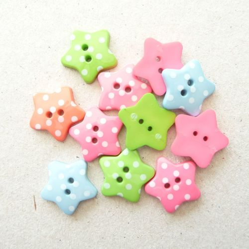 K790 Spotty Star Buttons x 10