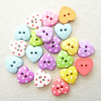 K788 Spotty Heart Buttons x 10