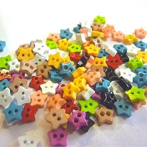 K824-10 Teeny Tiny Star Buttons x 10