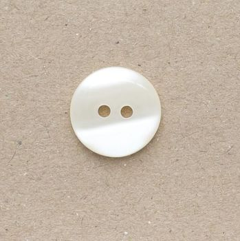 CP736-08-36L Ivory Pearlescent 23mm Buttons x 10