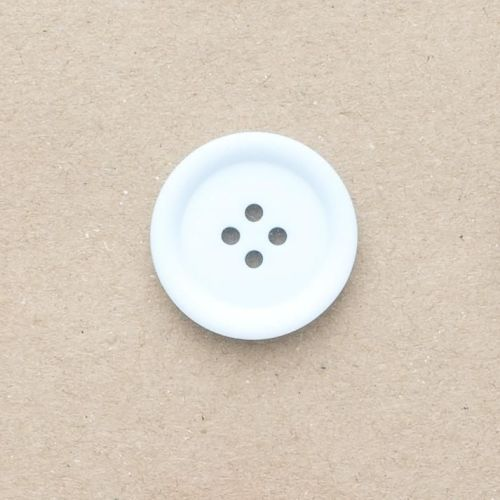 P3536-40L Pale Blue 25mm Buttons x 10