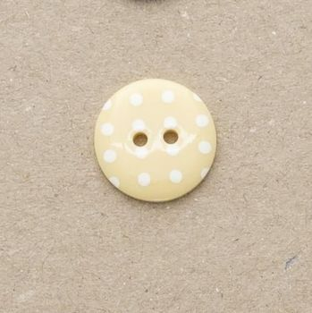 P1724-110-28L Spot Pastel Yellow 18mm Buttons x 10