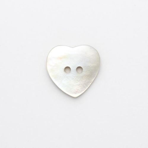 X795-R300-24L Natural Sea Shell Heart 15mm Buttons x 10