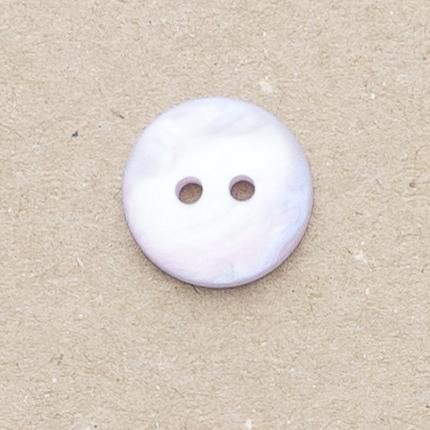 P1080-15-24L Lilac Pearlescent 15mm Buttons x 10