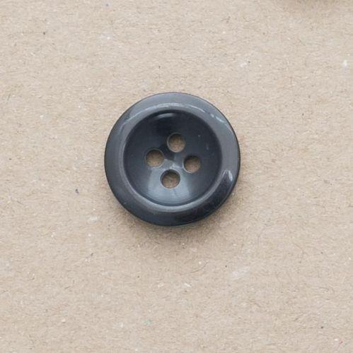 M102-Blk-32L Black 18mm Buttons x 10