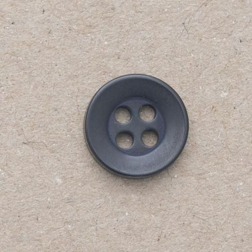 P17-16L Black Shirt 11.5mm Buttons x 10