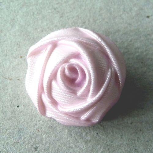 B219-40L 3D Rose Coat 25mm Button