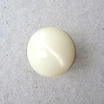 CP9-01-24L Cream 15mm Buttons x 10