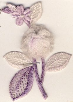 M015 Lilac Floral Spray Motif