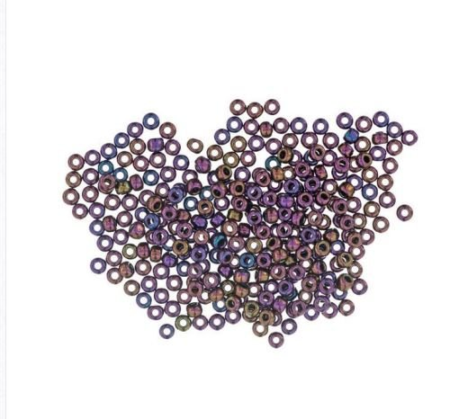 3004 Eggplant Mill Hill Antique Seed Beads
