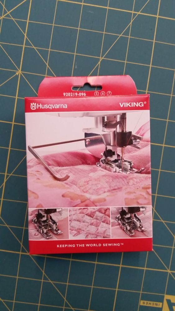Husqvarna Viking Interchangeable Dual Feed Walking Foot 920219096 Groups 5,