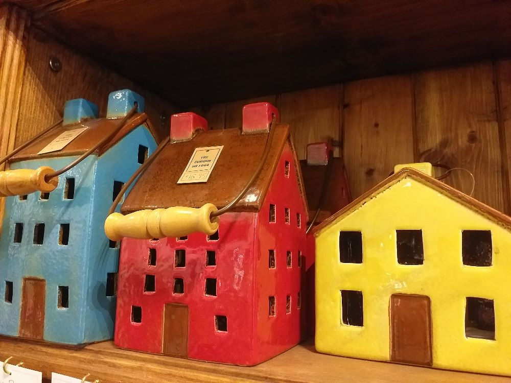 Tealight Houses