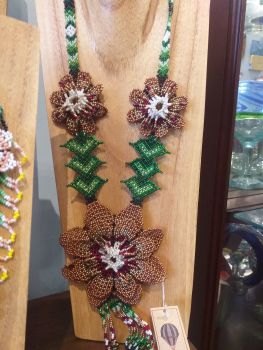 Large Flower Necklace - Brown