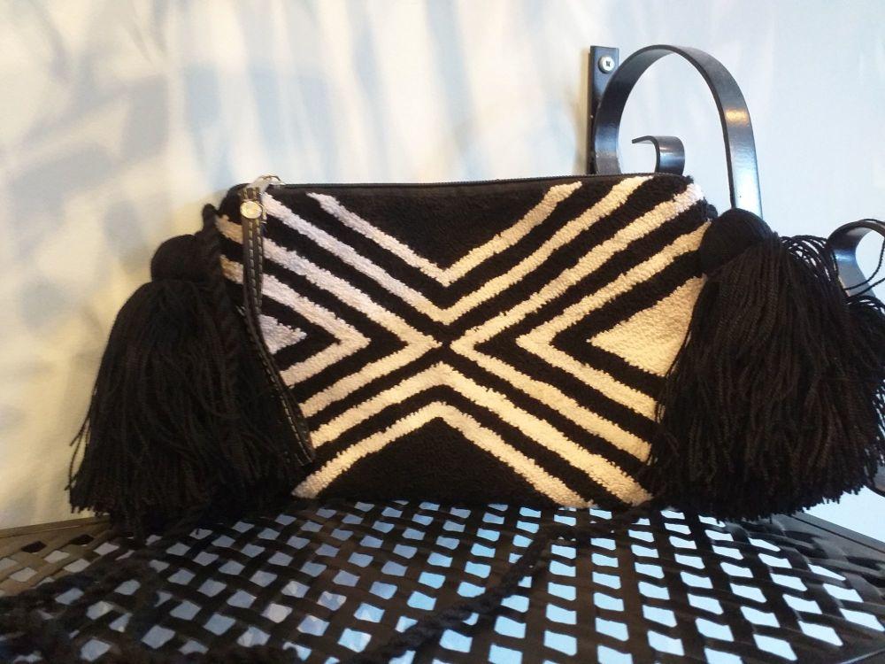 Colombian Wayuu HandBag - Design 11