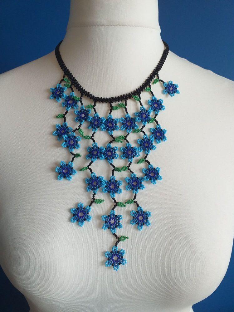 Short Waterfall Flower Necklace - Blue