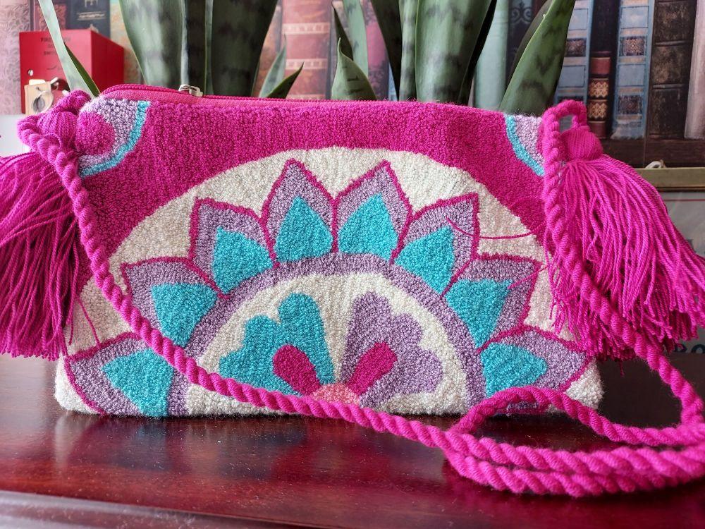 Colombian Wayuu HandBag - Design Q