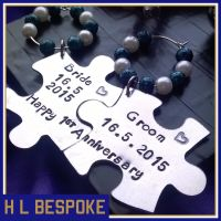 Personalised Mr and Mrs Wedding Wine Glass Charms - 2 Interlocking Puzzle Pieces.