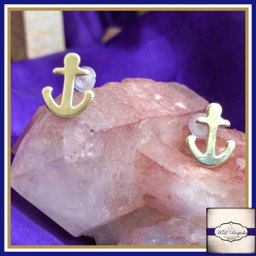 Sterling Silver Anchor Earrings - Cute Little Anchor Studs Gift Boxed  - Na