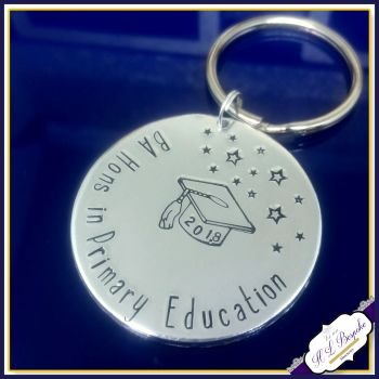 Personalised Graduate Gift - Graduation Keychain - CUSTOM COURSE - Graduate Teacher - Graduate Scientist - Graducation Gift - English Degree