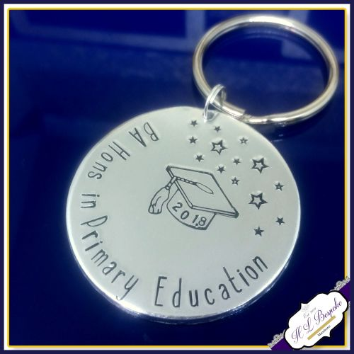 Personalised Graduate Gift - Graduation Keychain - CUSTOM COURSE - Graduate  Teacher - Graduate Scientist - Graducation Gift - English Degree