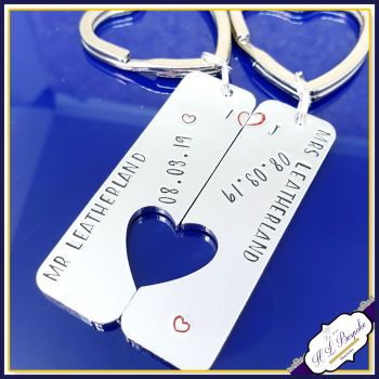 Mr And Mrs Keyring Set - Personalised Wedding Keyrings - Wedding Gift - Gift for Newly Weds Gift - Wedding Date Gift - Joined Couples Gift