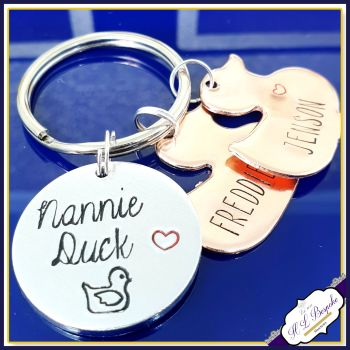 Personalised Nannie Duck Keyring - Gift for Nannie - Nanny Keyring - Duck Gift for Nanny - Duck Gift - Mummy Duck Gift - Duckling Gift