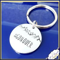 Go Conquer Keyring - Conquer Your Dreams Mountain Keyring - Conquer Your Dreams - Stress Free - Chill Gift - Keychain - Mountain Keychain