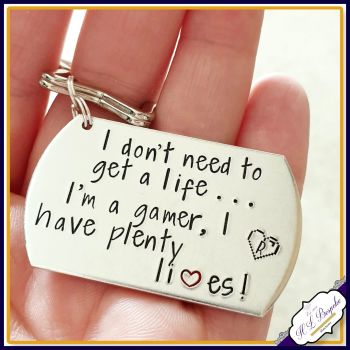 Personalised Gamer Keyring - Gamer Gift - Player 1 Player 2 Keyring - I don't need to get a life Gift - I'm a Gamer Keyring - Gaming Gift