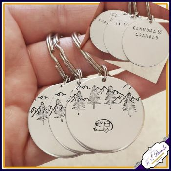 Double Sided Personalised Caravan Keyring - Traveller Mountain Scene Keychain - Caravan Holiday Gift - New Caravan Gift - Travel Caravan Gif