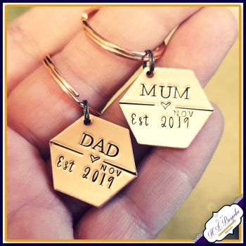 Copper New Mummy Est Keyring Gift - New Mum Gift - Daddy Est Gift - New Grandad Gift - New Nanny Gift - Gift For New Mummy - Est Keyring