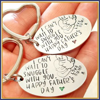 Daddy Birthday From The Bump Keyring - Daddy From The Bump Gift Daddy To Be - Birthday Daddy Gift From The Bump - Daddy Gift The Bump