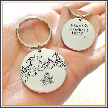 Double Sided Personalised Lodge Cabin Keyring - New Lodge Gift Keyring - Traveller Mountain Scene Keychain - Ranch Gift - New Lodge Gift