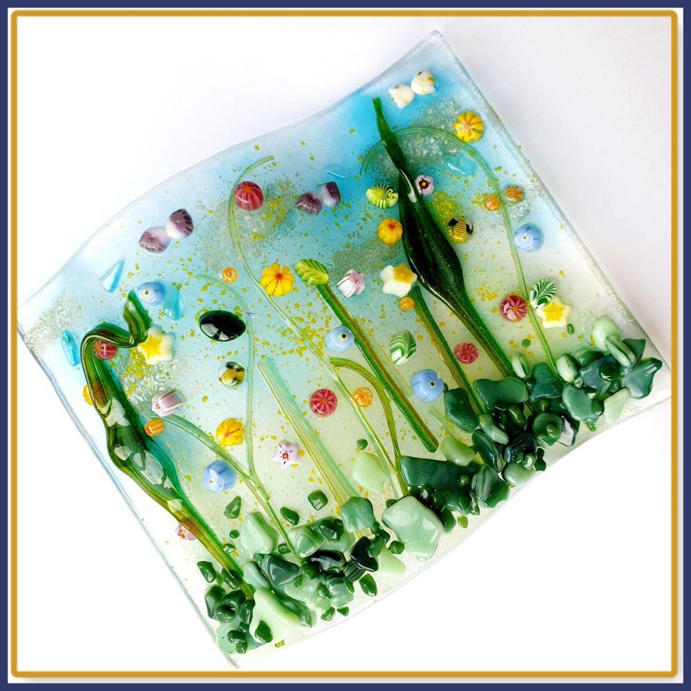 Medium Freestanding Wildflower Meadow Fused Glass Tea Light Candle Wave Art
