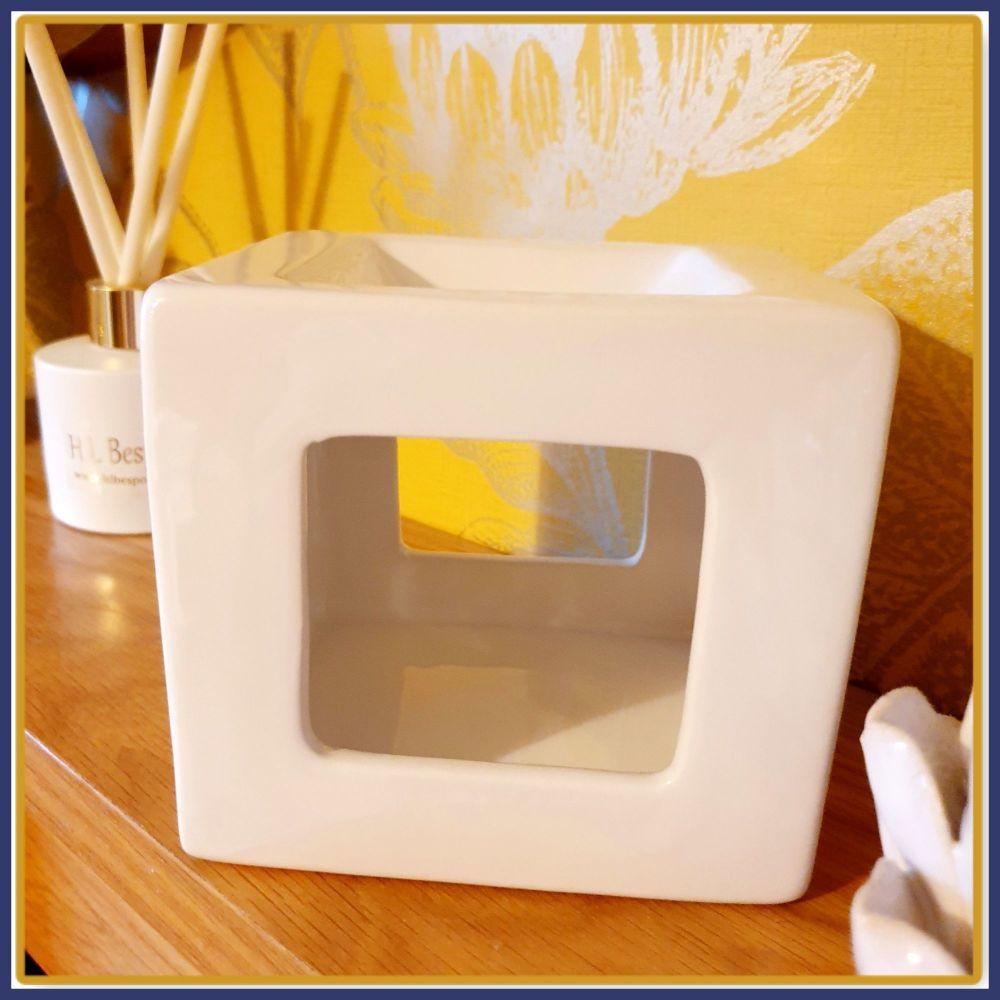 White Ceramic Cube Melt Burner & Wax Melt Samples - Geometric Wax Burner Wi