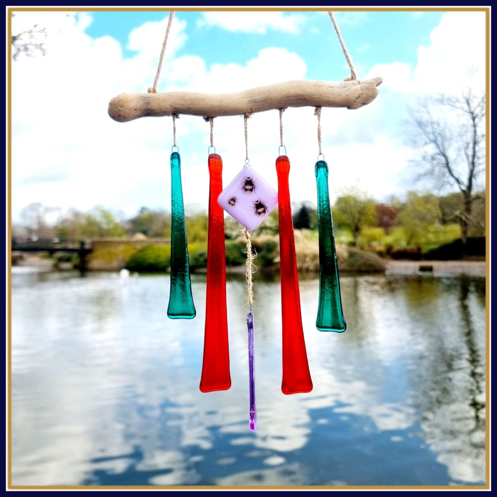 Driftwood Fused Glass Bee Wind Chime - Colourful Garden Suncatcher Wind Chi