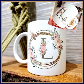 Personalised Wedding Bride Mug With Initial & Wedding Details - Pink Bridesmaid Mug Gift - Mug For Bridesmaid - Mug For Mothe
