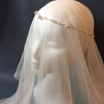 Bridal veil with circlet, wedding veil short hair